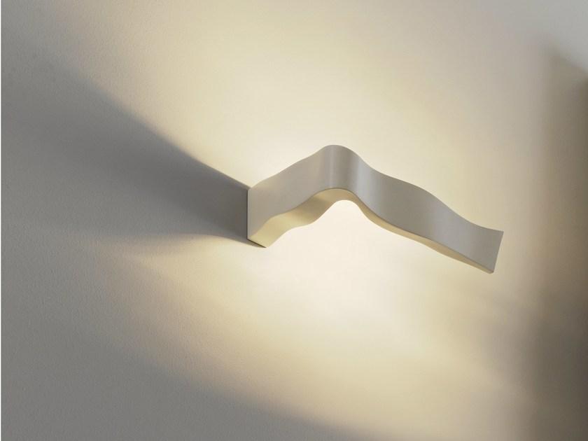 Yves fontana arte s.p.a. lampade da parete